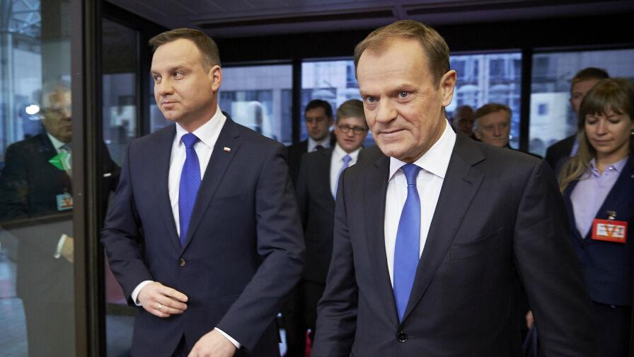 """Duda czy Tusk? Sondaż prezydencki dla """"Faktów"""" TVN i TVN24"""