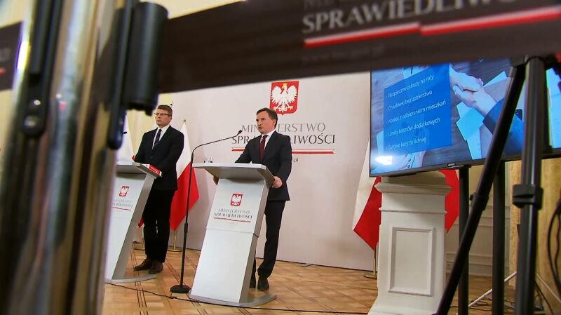 """Zbigniew Ziobro nie przestaje krytykować konwencji stambulskiej. """"Umacnia swoją pozycje w rządzie"""""""
