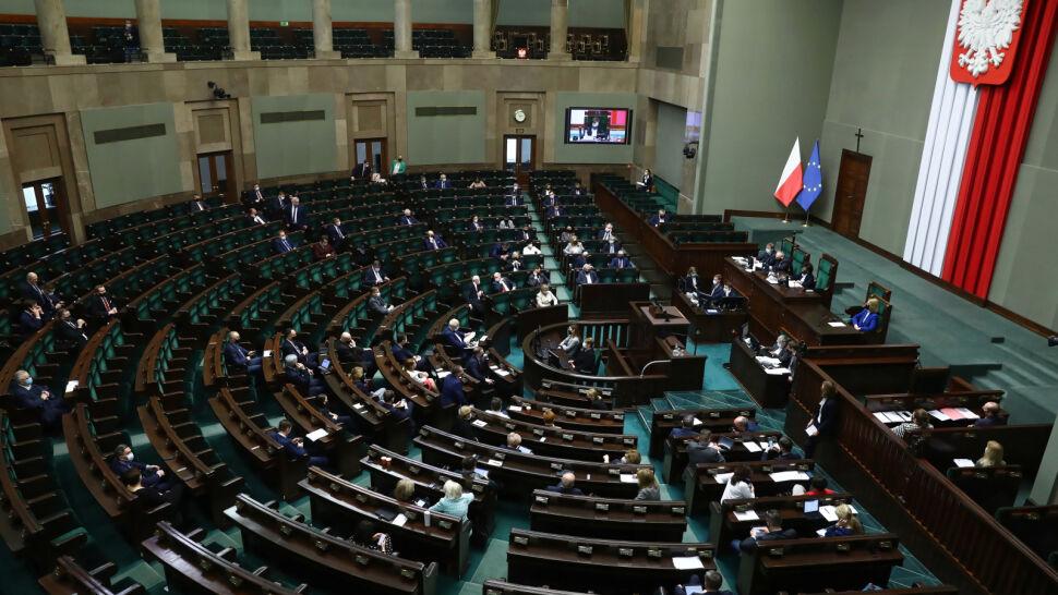 Nadchodzą poważne zmiany w polskiej dyplomacji. Sejm przegłosował ustawę