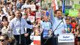 Duda, Trzaskowski i ryzyko, że Polska może opuścić Unię. Sondaż dla
