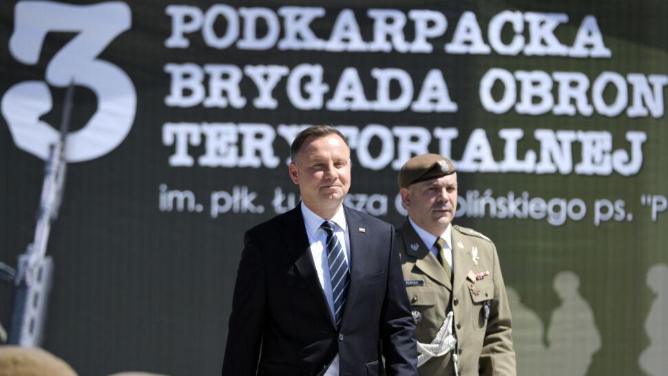 Andrzej Duda miał dziś jedno publiczne oficjalne wystąpienie. Członkowie rządu znacznie więcej