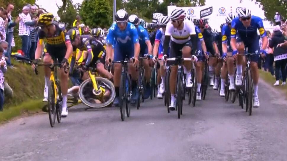 Dwa wypadki na trasie Tour de France. Ucierpiało kilkudziesięciu kolarzy