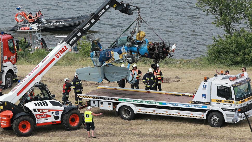 Tragedia na na pikniku lotniczym. Jak-52 spadł do wody, pilot nie przeżył