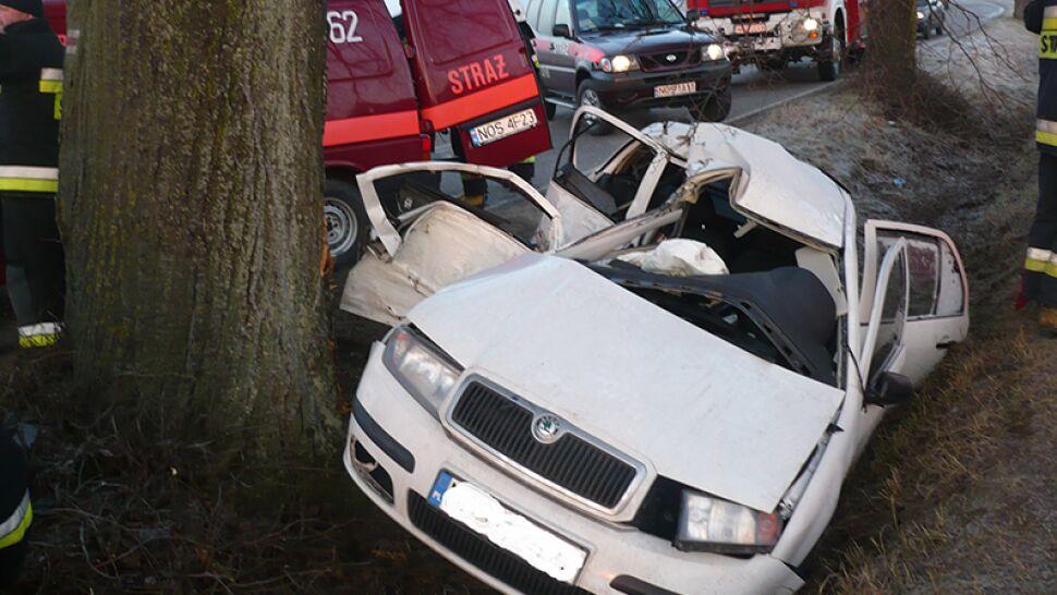 Śmiertelnie niebezpieczne warunki na drogach. Przedświąteczny alert pogodowy
