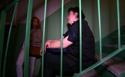 Wyrzucił matkę z dziećmi i zabarykadował się w mieszkaniu. Eksmisja w Poznaniu