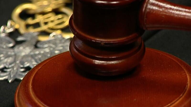 Zmiany w przepisach o Sądzie Najwyższym. Opozycja mówi o naruszeniu konstytucji