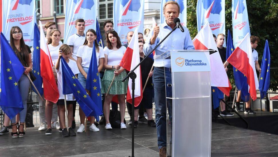 Donald Tusk wezwał Jarosława Kaczyńskiego do debaty. Politycy PiS odpowiadają