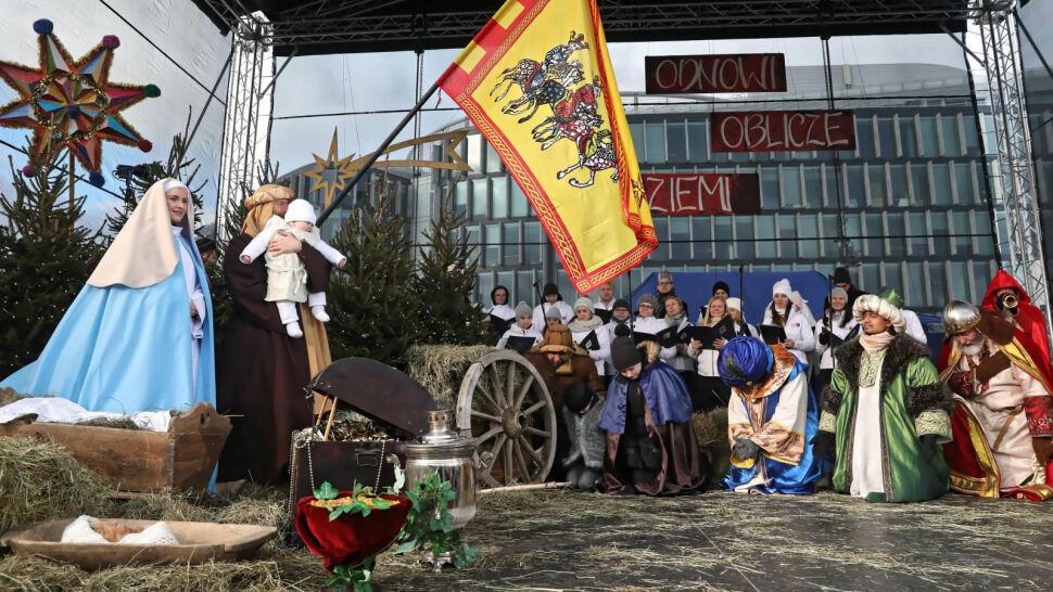 Królewskie orszaki na polskich ulicach. 6 stycznia to jedno z najważniejszych świąt w Kościele katolickim