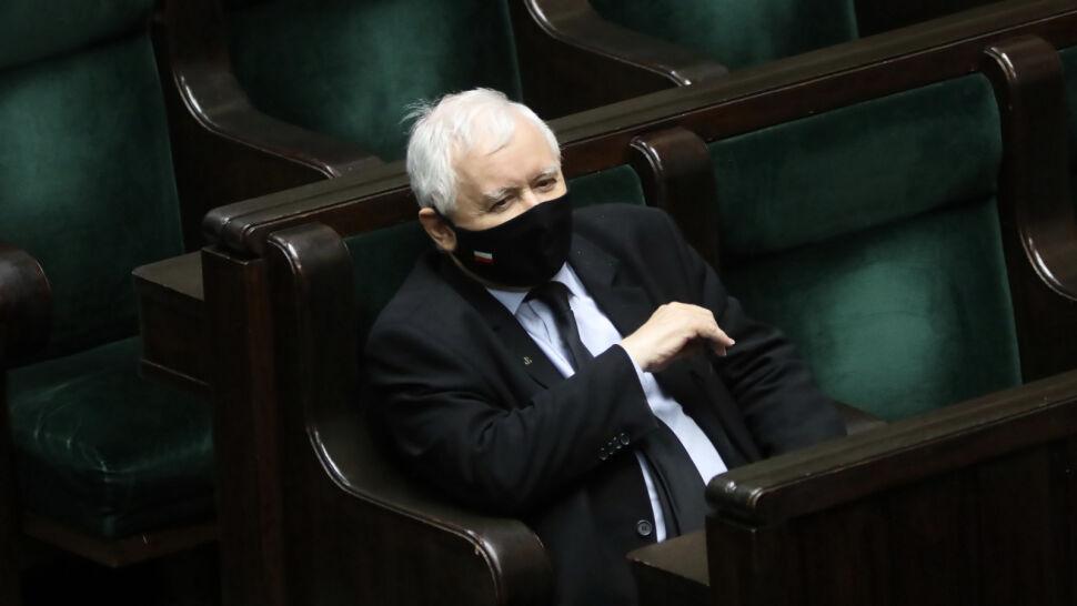 """Prezes PiS wezwał do obrony kościołów. """"Wyglądało to jak prowokacja"""""""