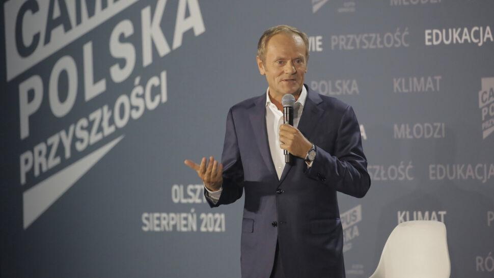 """Politycy PiS oburzeni na słowa Tuska o groźbie """"witkowania"""" podczas wyborów. Sami wzywali do pilnowania wyborów w 2015 roku"""