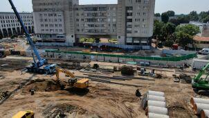 Po uszkodzeniu rury na budowie metra kilka tysięcy osób wciąż nie ma gazu
