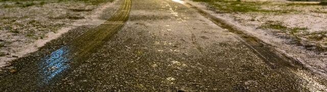 Marznące opady w 11 województwach