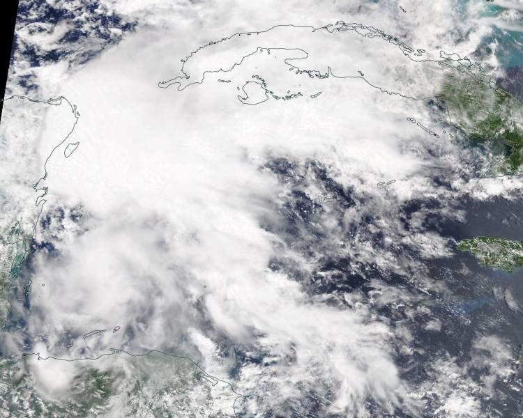 Zdjęcie satelitarne burzy Alberto (NASA)
